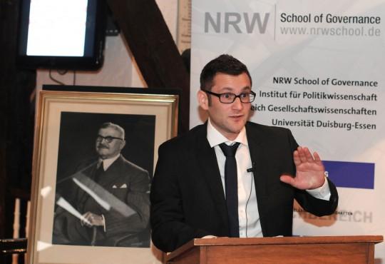 Gordian Ezazi am 28.11.2012 im Rahmen seiner Stipendienvergabe durch die Welker-Stiftung.