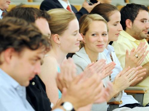 Master-Studierende während eines Vortrags
