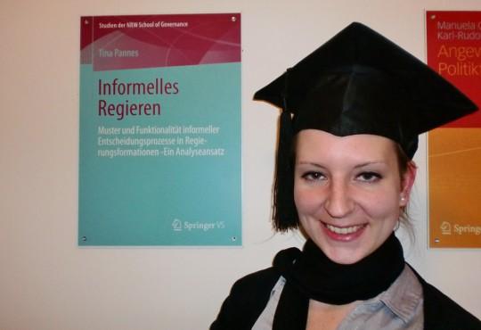 Informelles Regieren erscheint 2014 in der Reihe Studien der NRW School of Governance.