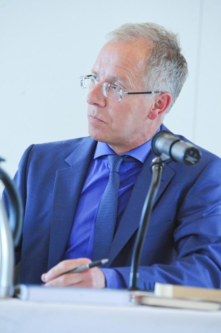 Prof. Dr. Karl-Rudolf Korte im Interview mit der Westdeutschen Zeitung