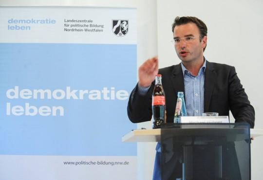 Michael Hübner, MdL und kommunalpolitischer Sprecher der SPD-Landtagsfraktion plädierte für den Kommunalsoli