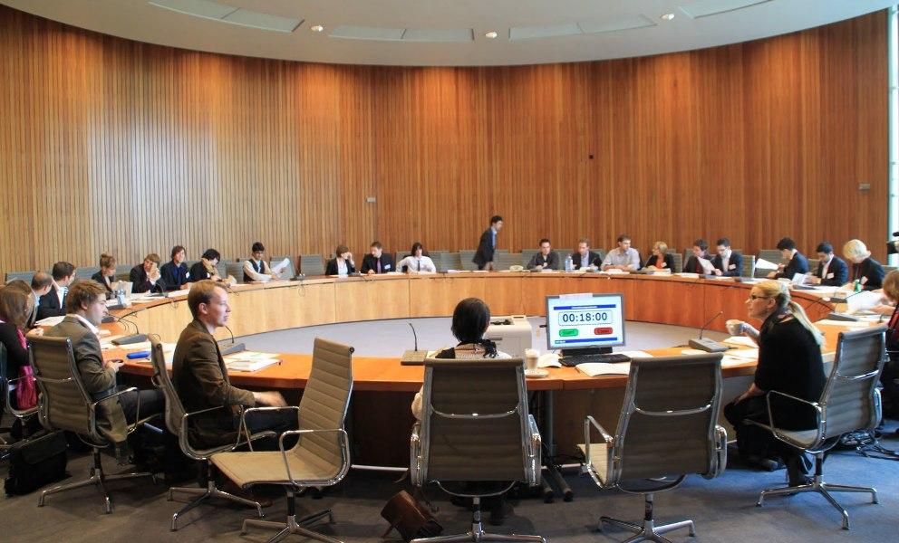 Verhandelt, vermittelt und kommuniziert wird beim Planspiel am 17. & 18. Juli im Düsseldorfer Landtag
