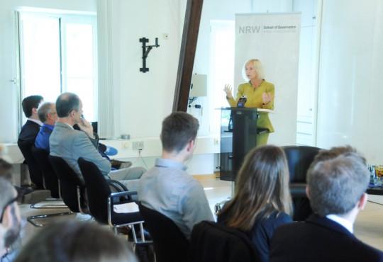 Prof. Dr. Johanna Wanka gewährte den anwesenden Gästen persönliche Einblicke in ihren Karriereweg