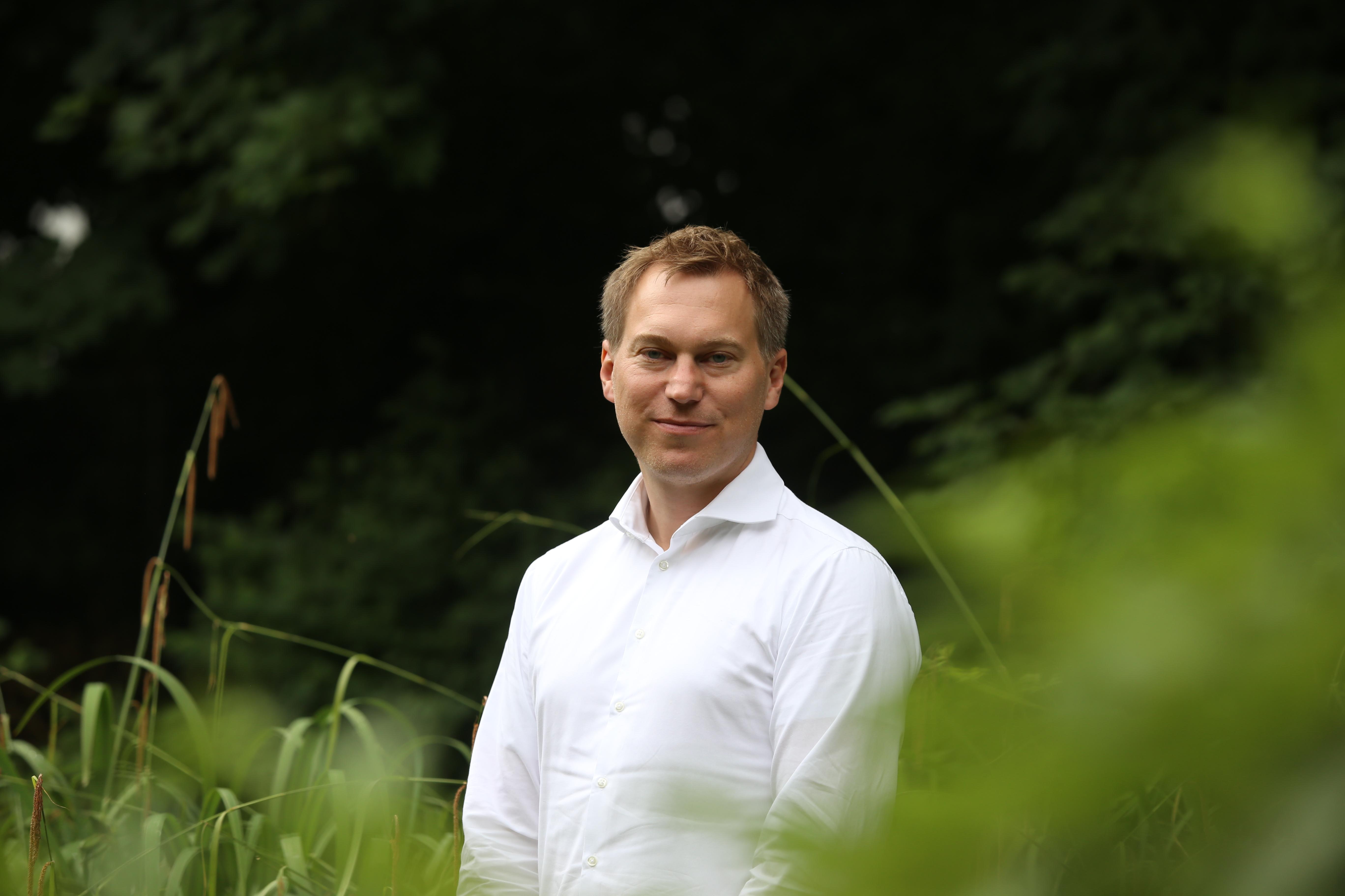 Dr. Niko Switek ist wissenschaftlicher Mitarbeiter am Lehrstuhl für das Politische System Deutschlands.