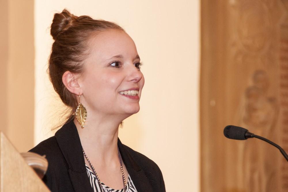 Lena Rickenberg sprach für die Master-Studierenden.