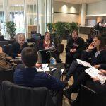 Im Planspiel besprechen die Studierenden den Gesetzesentwurf in kleinen Arbeitsgruppen